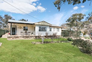 22 Orange Road, Manildra, NSW 2865