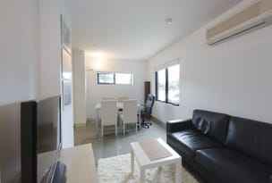 Port Melbourne, address available on request
