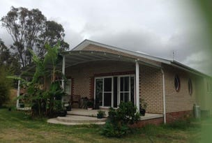 15 Four Mile Creek Road, Tenterfield, NSW 2372
