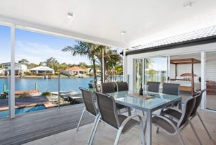 13 Topsails Place, Noosa Waters, Qld 4566