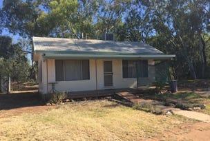 23 LACHLAN ST, Hillston, NSW 2675