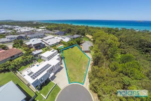 11 Whitewater Place, Sapphire Beach, NSW 2450