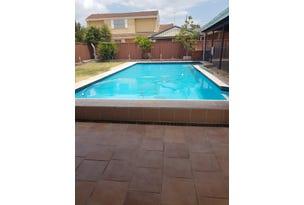 3 Curtis Crescent, Moorebank, NSW 2170