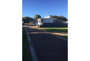 8 Medcalf Parade - Park Home, Emu Point, WA 6330