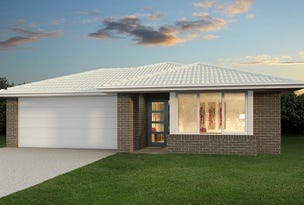 801 Kenneth Drive, Augustine Heights, Qld 4300