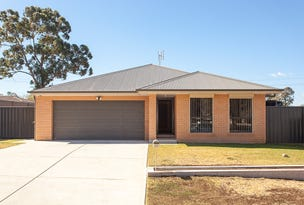 13 McBlane Street, Weston, NSW 2326