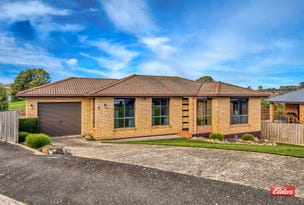 3 Damian Avenue, Downlands, Tas 7320