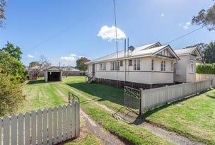15 Gauntlet Street, North Toowoomba, Qld 4350