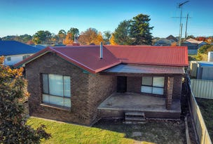 18 Wade Street, Crookwell, NSW 2583