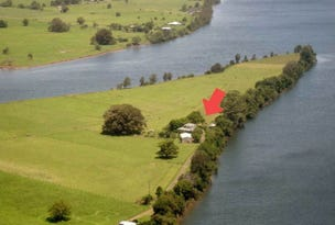 Dumaresq Island, address available on request