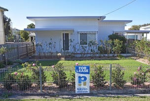 19 Lake Street, Laurieton, NSW 2443