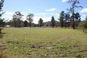 4 Happy Valley Road, Wallangarra, Qld 4383