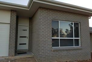 42 Jubilee Circuit, Rosemeadow, NSW 2560