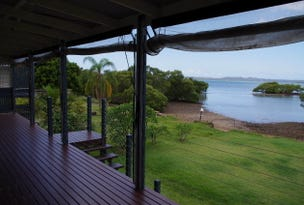 38 Coorong St, Macleay Island, Qld 4184