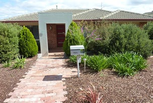 24 Russell Drysdale Crescent, Conder, ACT 2906