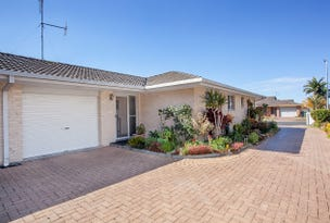 Villa 1/12 Oasis Parade, Tuncurry, NSW 2428