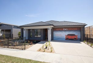 LOT 4220 CLYDEVALE ESTATE, Clyde North, Vic 3978