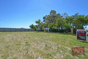 8 Flynn Way, Bayonet Head, WA 6330