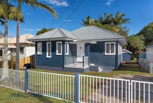 77 Victoria Avenue, Woody Point, Qld 4019
