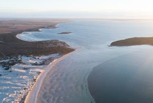 Flinders Highway, Streaky Bay, SA 5680