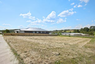 44 Apple Orchard Drive, Brown Hill, Vic 3350