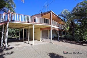 4 Kindt St, Moore Park Beach, Qld 4670