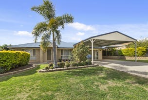 26 Discovery Street, Flinders View, Qld 4305