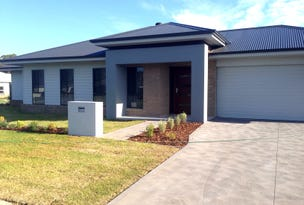 34 Rosemary Street, Fern Bay, NSW 2295