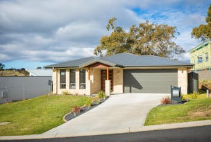 11 Millbank Place, Bega, NSW 2550