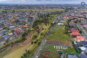 43 Linlithgow Way, Greenvale, Vic 3059