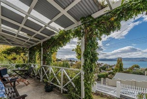 3 Red Knights Road, Sandy Bay, Tas 7005