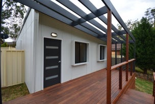 11 Cameron Place, St Helens Park, NSW 2560
