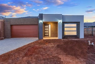 884 Leafyview Esplanade, Melton, Vic 3337