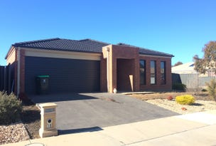 18 Pamela Avenue, Jackass Flat, Vic 3556