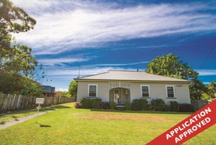 2290 Bucketts Way, Booral, NSW 2425