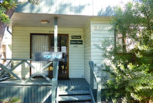 Cabin 200 Barling Beach Park, Tomakin, NSW 2537