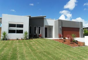 61 THE OAKS ROAD, Tannum Sands, Qld 4680