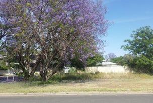 17 Oak Street, Moree, NSW 2400