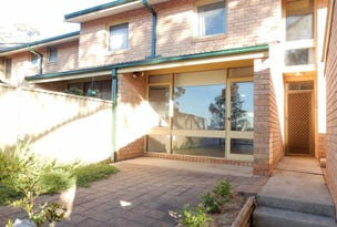 10/42 WOODHOUSE Dr, Ambarvale, NSW 2560
