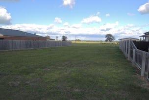 10 Burrnett Court, Heyfield, Vic 3858