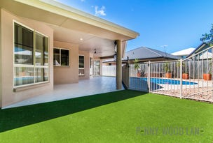 10 Beachside Place, Shoal Point, Qld 4750