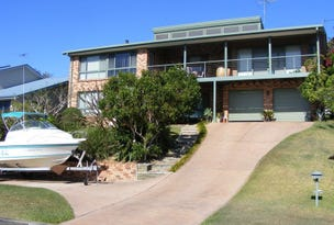 11 Dolphin Crescent, South West Rocks, NSW 2431