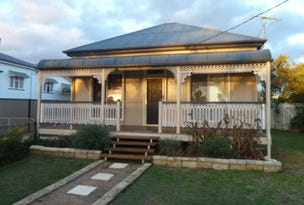 42 Campbell, Oakey, Qld 4401