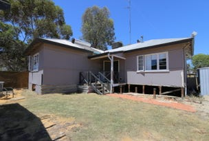 7 Milhinch Street, Muluckine, WA 6401