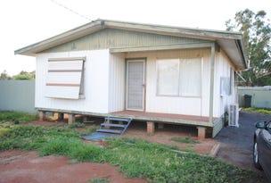 17 Bunyip Street, Goolgowi, NSW 2652