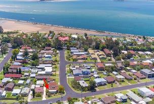 1/5 Catlin Avenue, Batemans Bay, NSW 2536