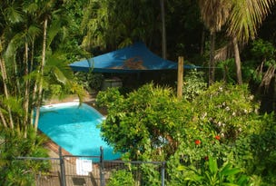8 St Crispins Villas No 2/11 Morning Close, Port Douglas, Qld 4877