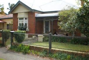 25 River St (r), Kempsey, NSW 2440