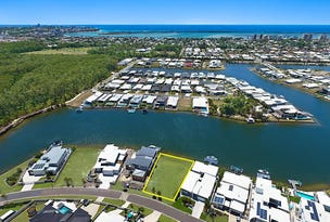 18 North Point Crescent, Pelican Waters, Qld 4551