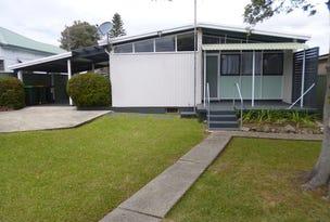 66 Barton Street, Oak Flats, NSW 2529